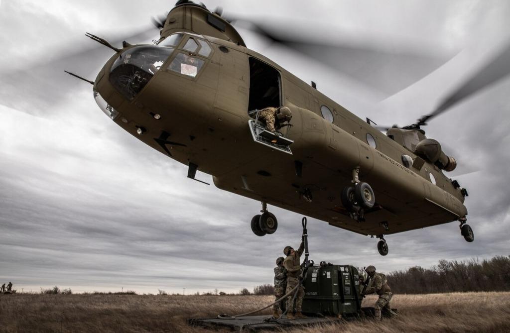 Boeing CH–47 Chinook Engine