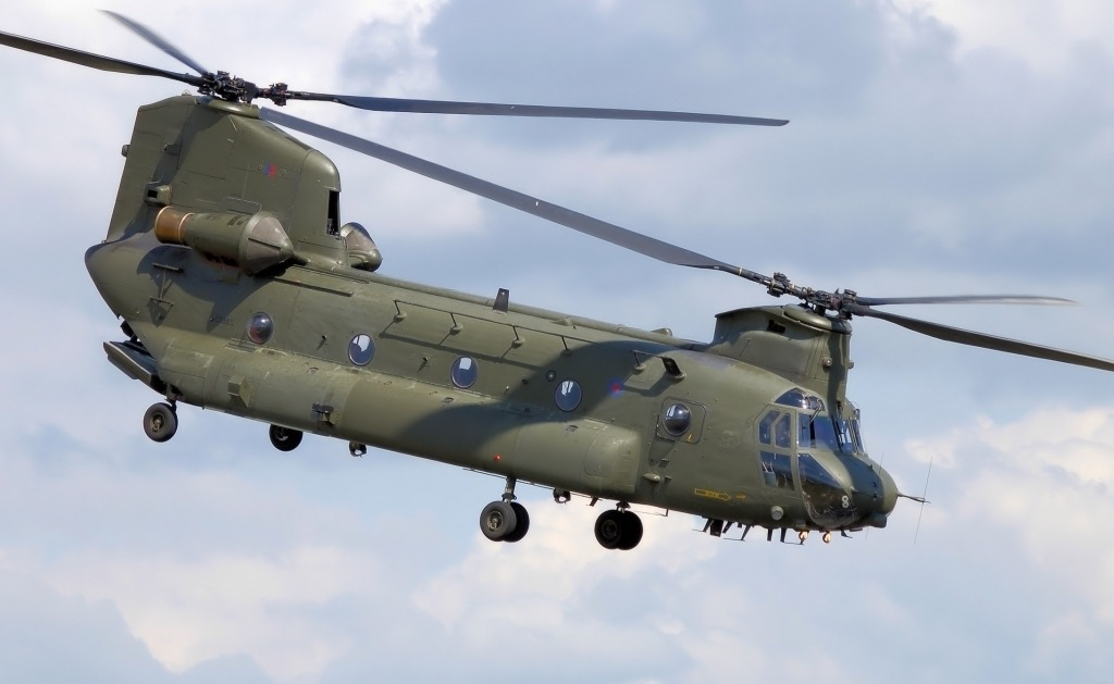Boeing CH–47 Chinook Spy Photos