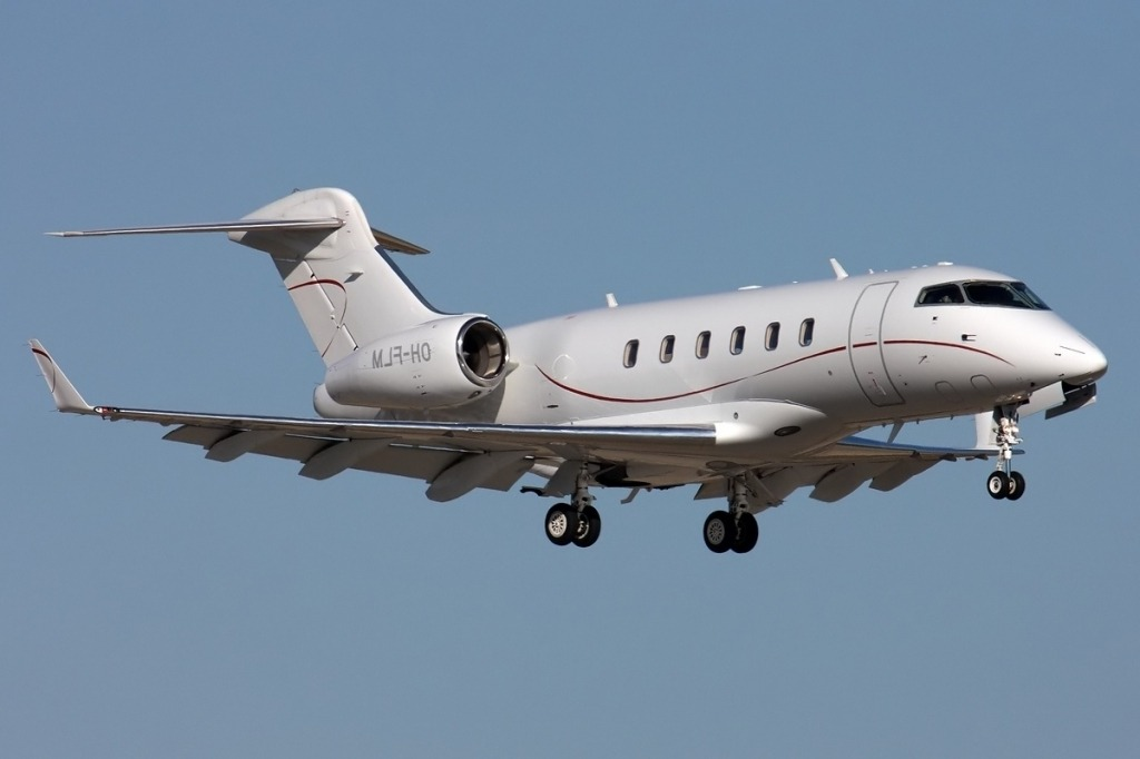 Bombardier Challenger 300 Redesign