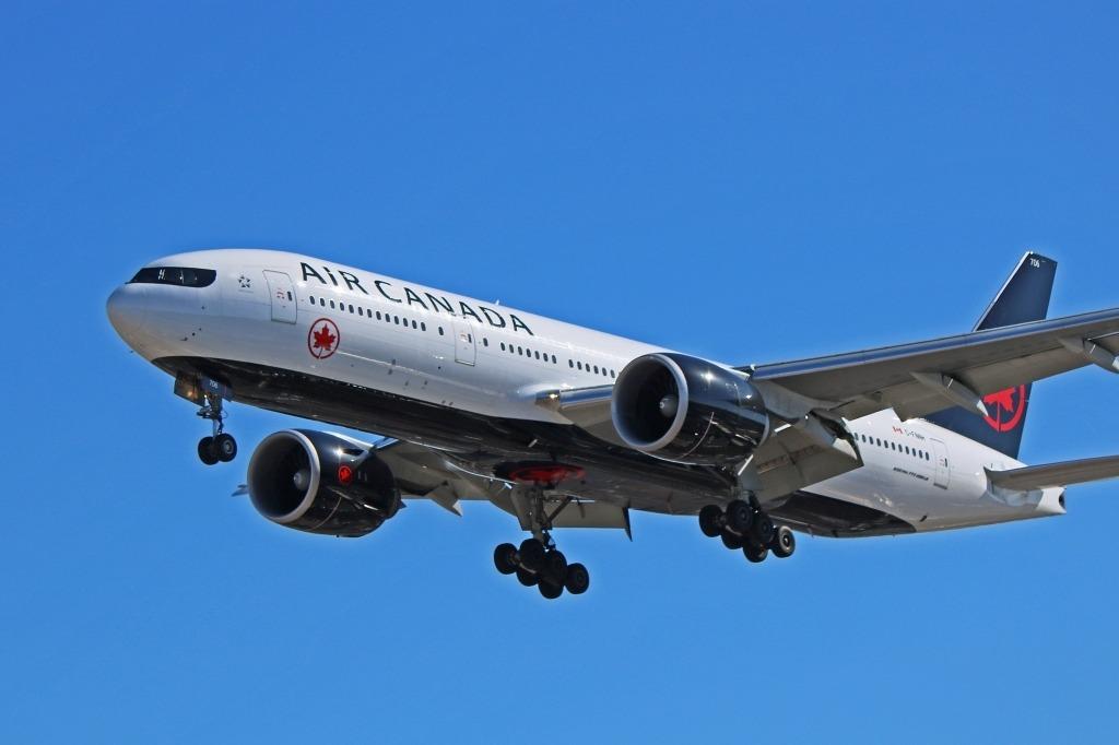 Boeing 777200LR Spy Photos
