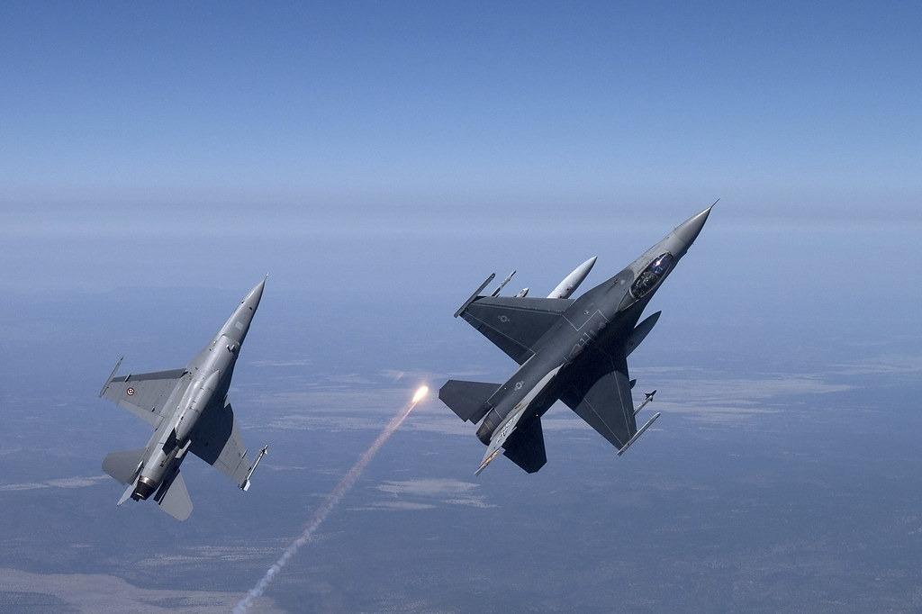 F16 Fighting Falcon Concept