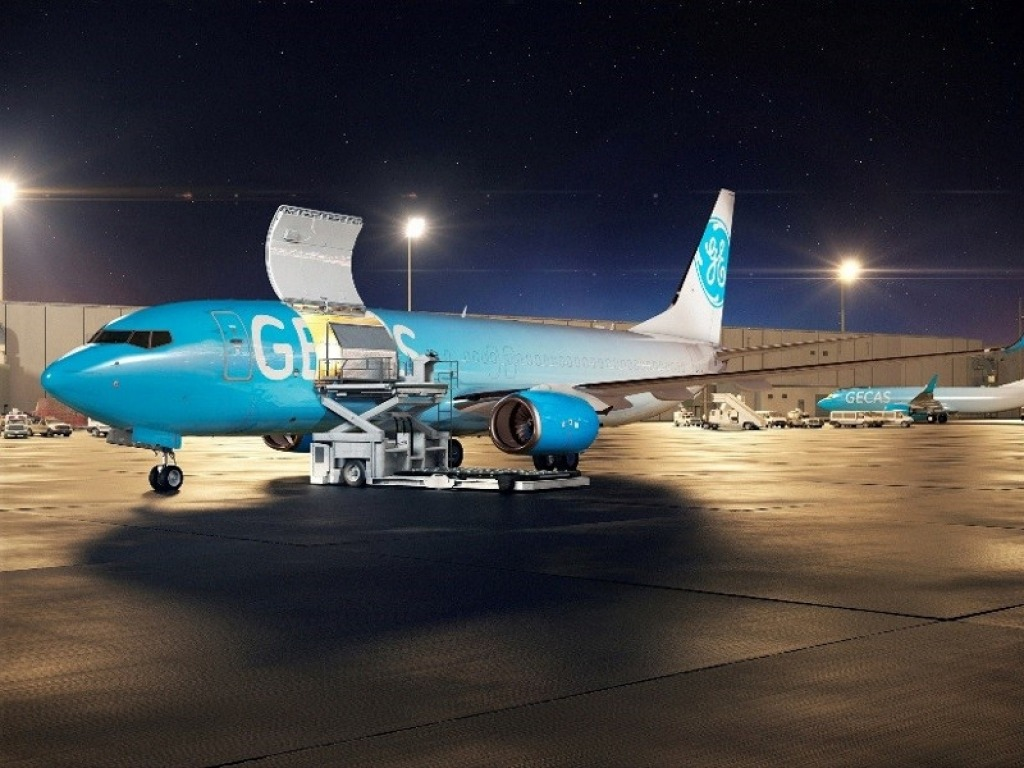 Boeing 737800BCF Specs