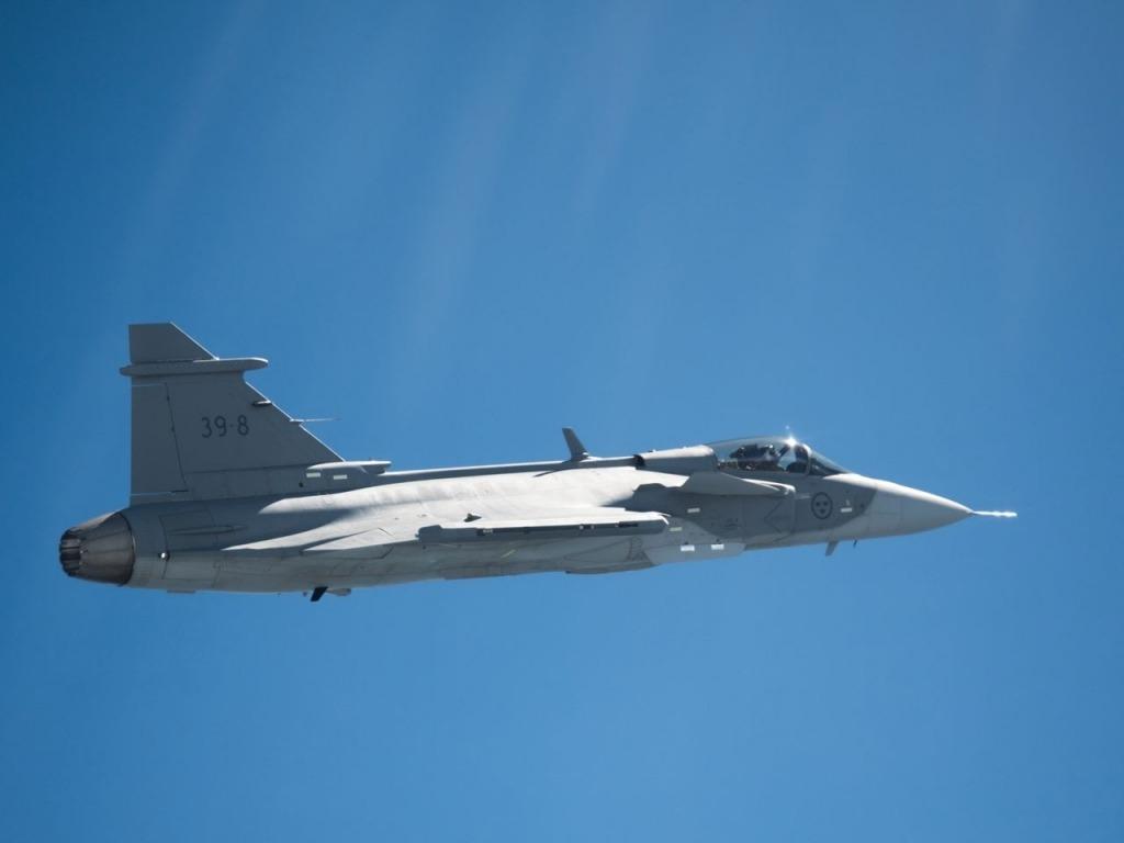 SAAB Gripen Fighter Jet Images