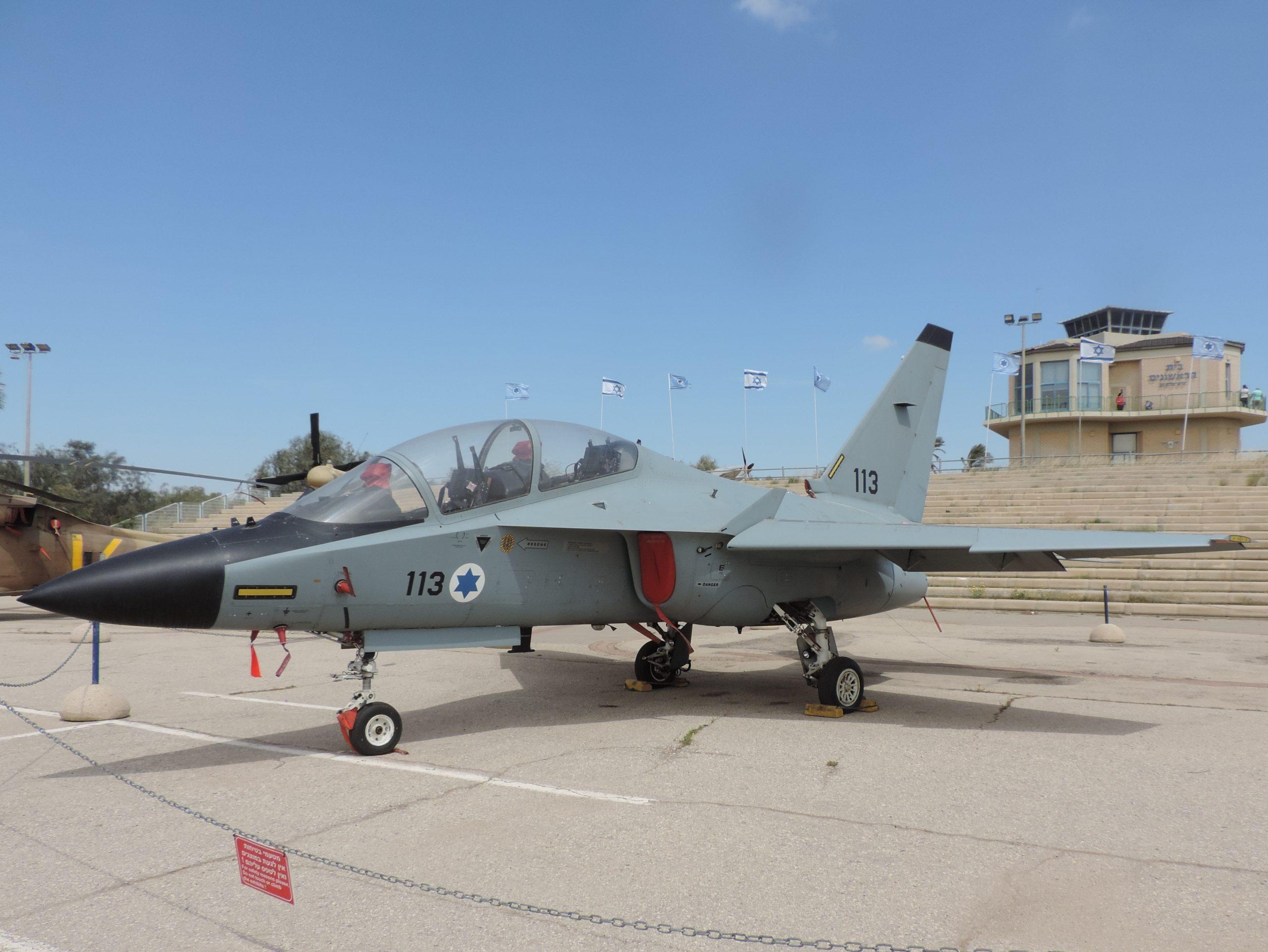 Aermacchi M346 Master Jet Trainer Images