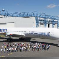 Airbus A3501000 XWB Images