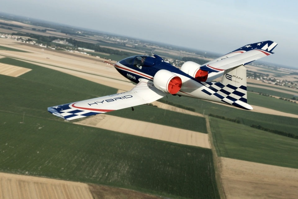 Airbus EFan Pictures