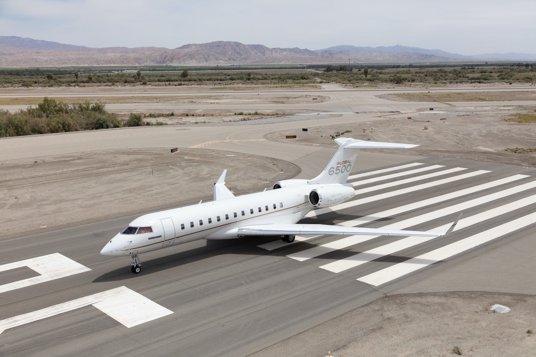 Bombardier Global 6500 Pictures