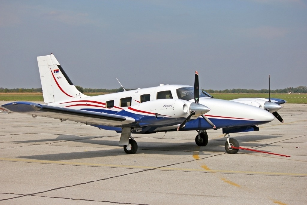 Cirrus Perception Airplane Powertrain